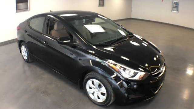 Hyundai Elantra 2016 $15500.00 incacar.com