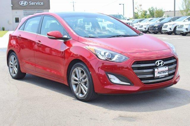Hyundai Elantra 2016 $13200.00 incacar.com