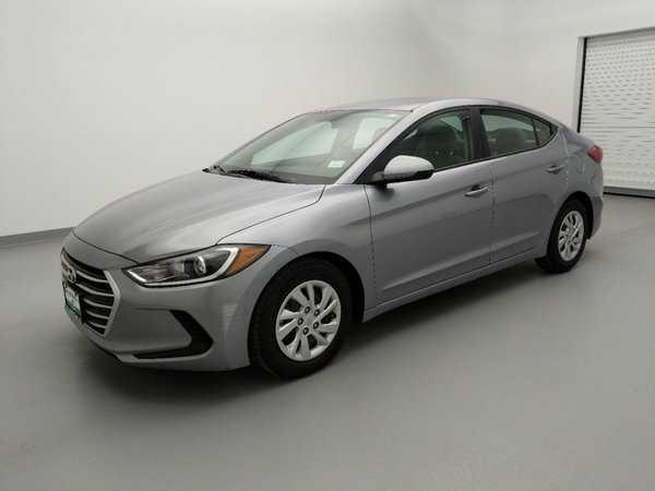 Hyundai Elantra 2017 $12895.00 incacar.com
