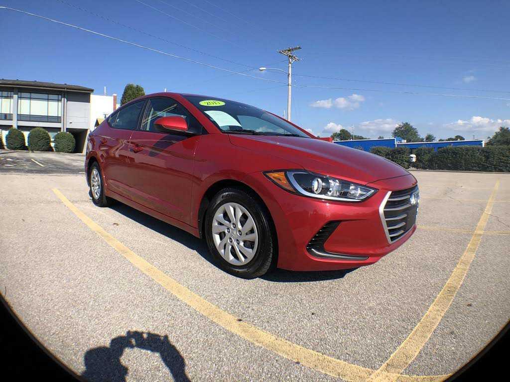 Hyundai Elantra 2017 $12497.00 incacar.com