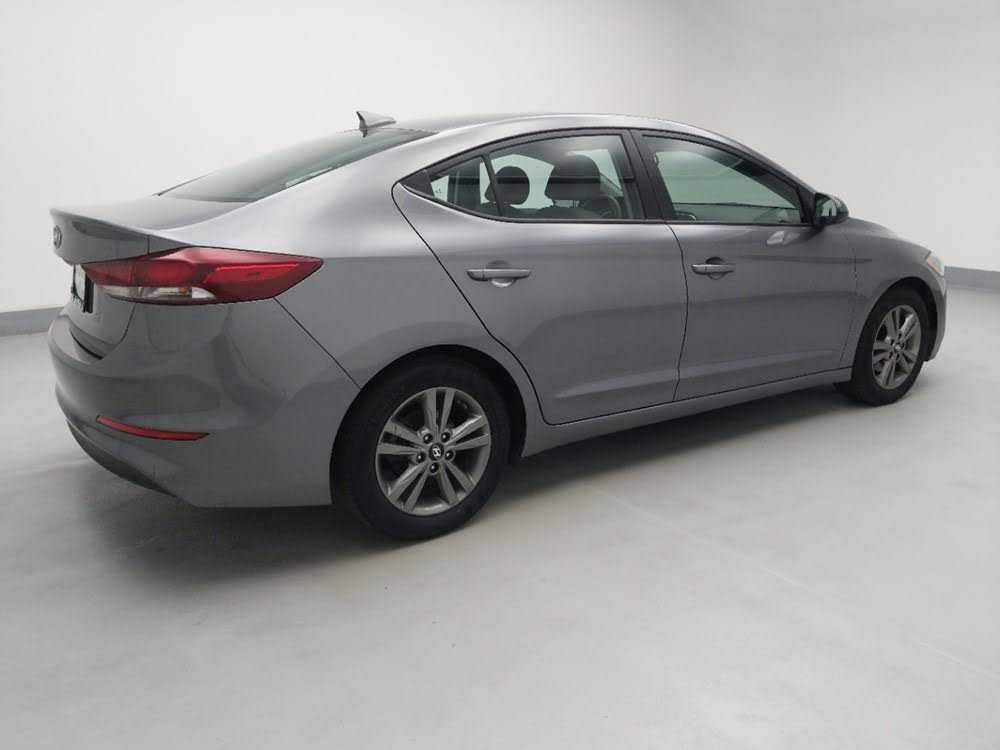 Hyundai Elantra 2018 $14595.00 incacar.com