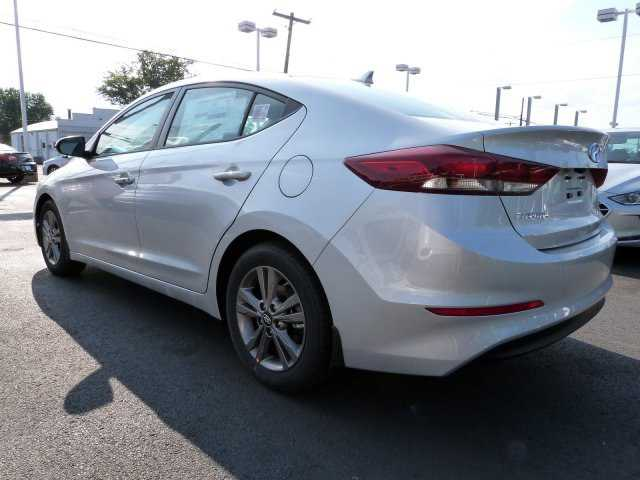 Hyundai Elantra 2018 $21035.00 incacar.com
