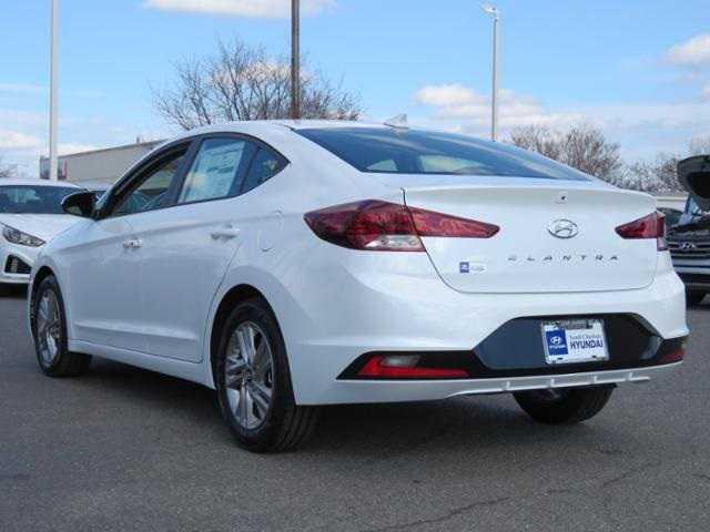 Hyundai Elantra 2019 $16677.00 incacar.com