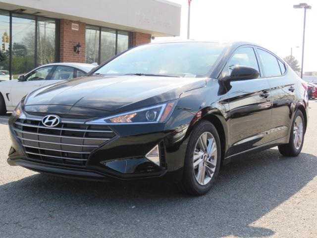 Hyundai Elantra 2019 $16762.00 incacar.com