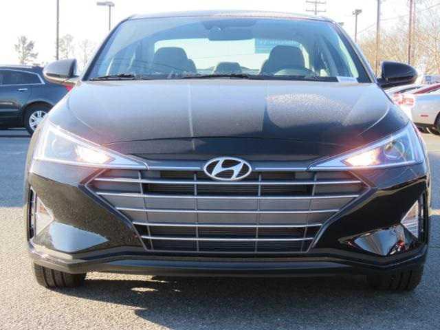 Hyundai Elantra 2019 $14732.00 incacar.com