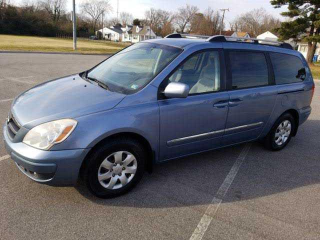 Hyundai Entourage 2007 $2500.00 incacar.com