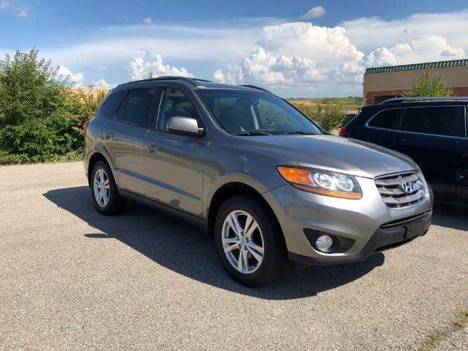 Hyundai Santa Fe 2011 $10988.00 incacar.com