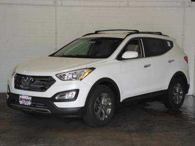 Hyundai Santa Fe 2014 $22987.00 incacar.com