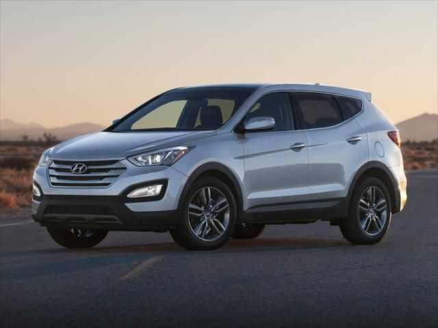 Hyundai Santa Fe 2016 $18999.00 incacar.com