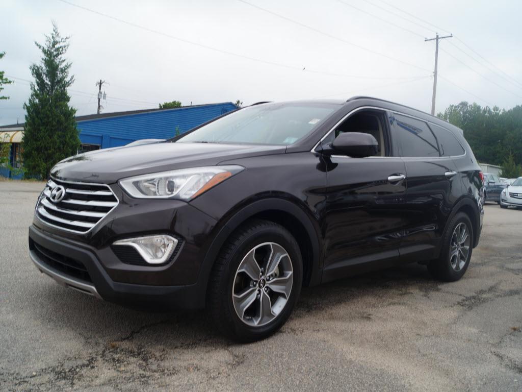 Hyundai Santa Fe 2016 $24950.00 incacar.com