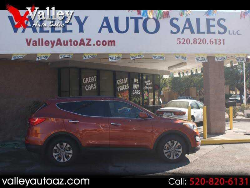 Hyundai Santa Fe 2016 $18687.00 incacar.com