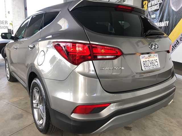 Hyundai Santa Fe 2018 $19199.00 incacar.com