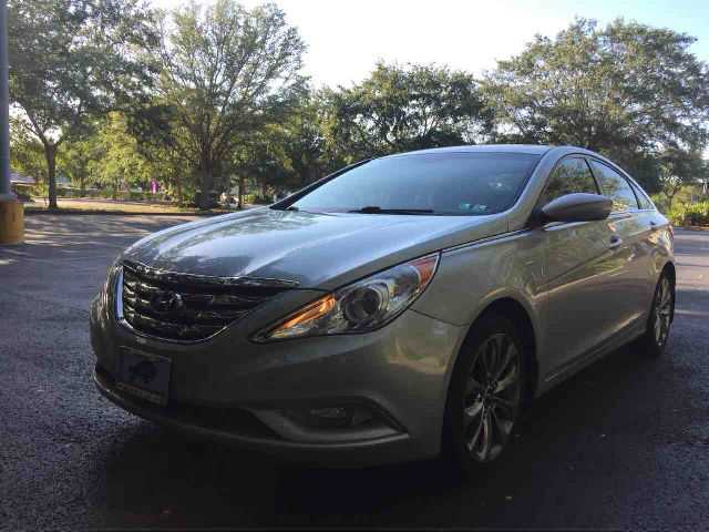 Hyundai Sonata 2011 $9499.00 incacar.com