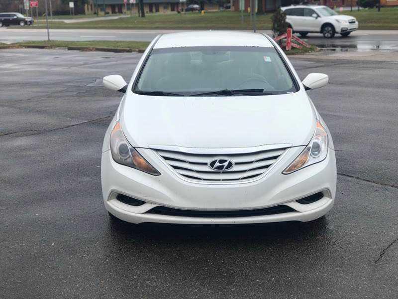Hyundai Sonata 2012 $3999.00 incacar.com