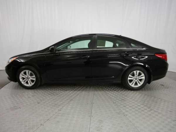Hyundai Sonata 2012 $16995.00 incacar.com