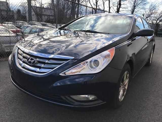 Hyundai Sonata 2013 $4350.00 incacar.com