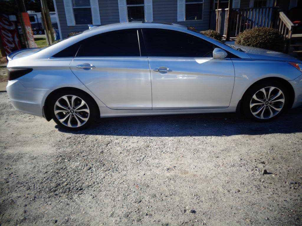Hyundai Sonata 2013 $8900.00 incacar.com