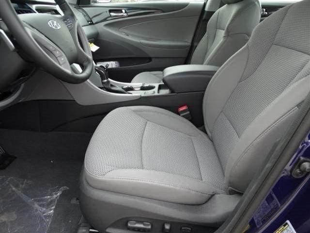 Hyundai Sonata 2014 $17538.00 incacar.com