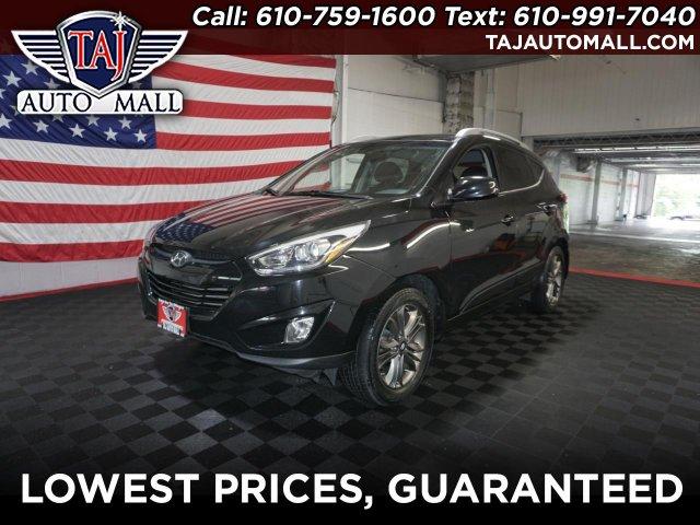 Hyundai Tucson 2015 $14795.00 incacar.com