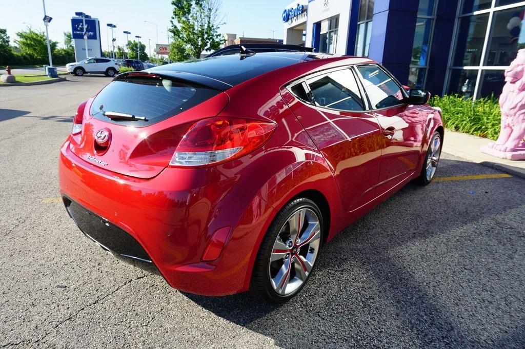 Hyundai Veloster 2015 $15483.00 incacar.com