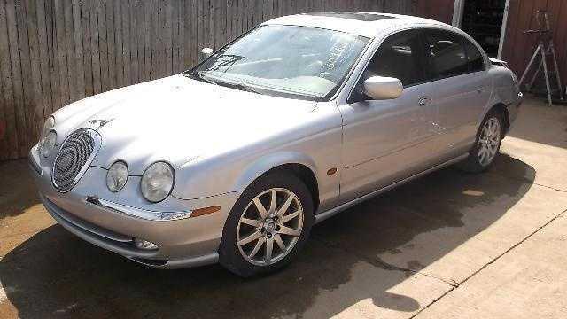 Jaguar S-Type 2000 $1595.00 incacar.com