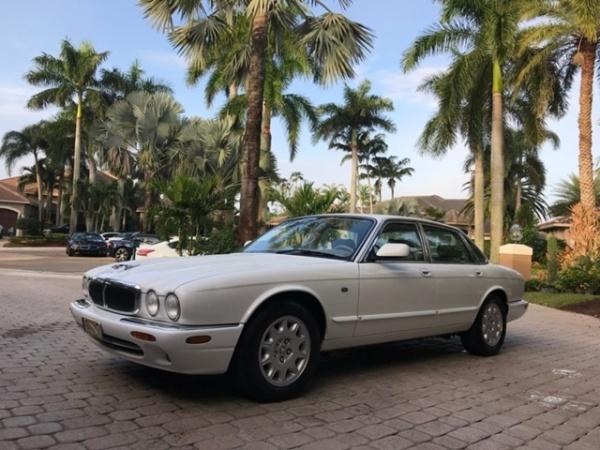 Jaguar XJ 1998 $11998.00 incacar.com