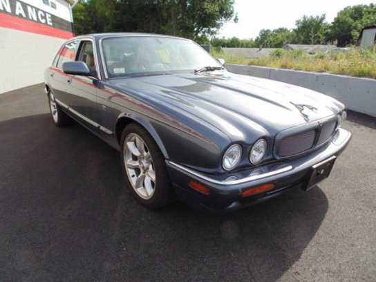 Jaguar XJR 2001 $4200.00 incacar.com