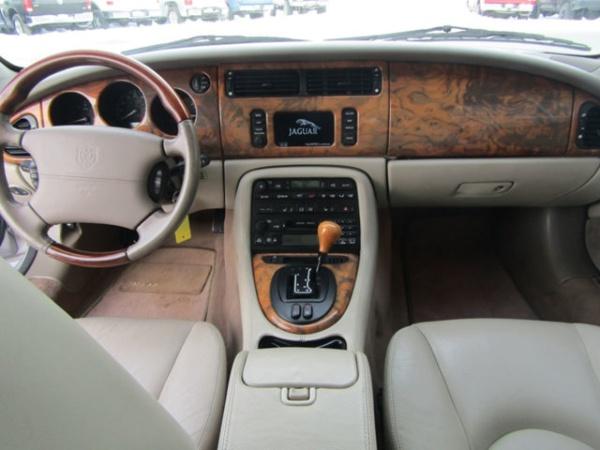 Jaguar XK 2001 $19995.00 incacar.com