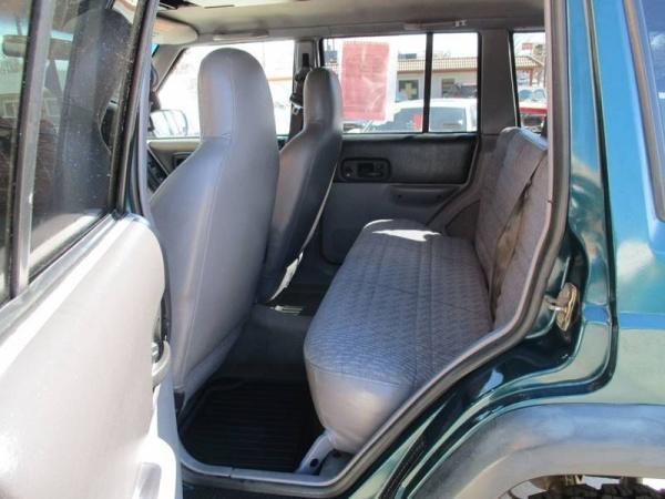 Jeep Cherokee 1998 $4589.00 incacar.com