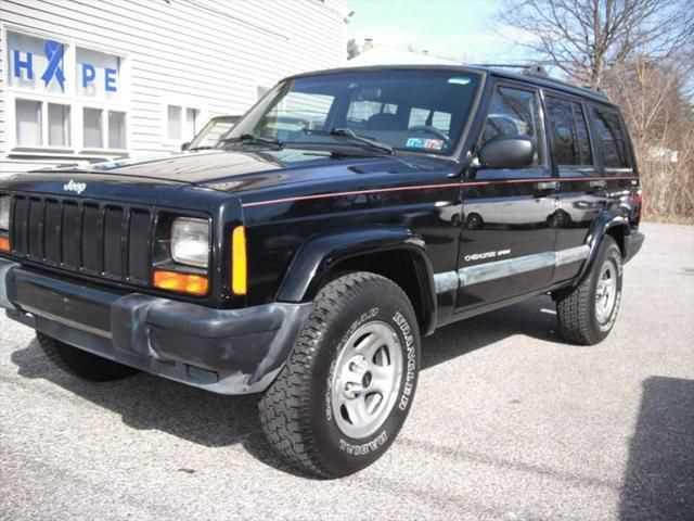 Jeep Cherokee 1999 $5600.00 incacar.com
