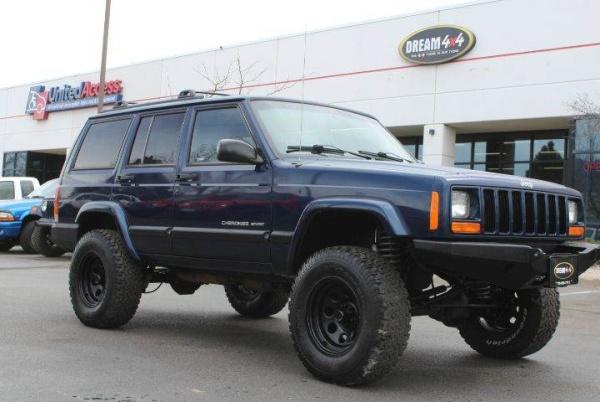 Jeep Cherokee 2000 $9995.00 incacar.com