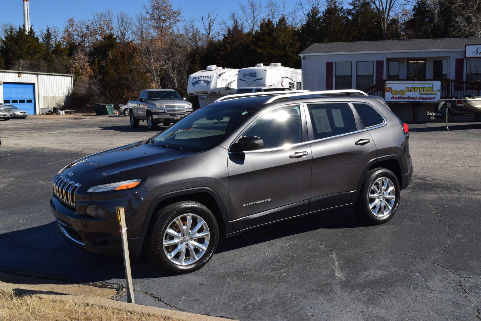 Jeep Cherokee 2014 $15995.00 incacar.com