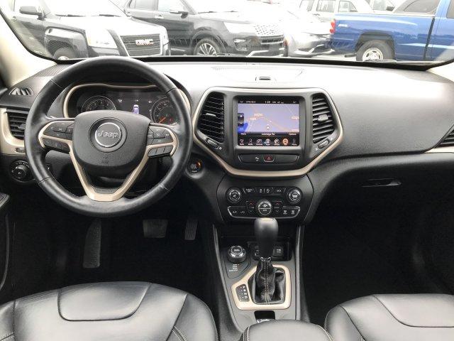 Jeep Cherokee 2015 $23000.00 incacar.com