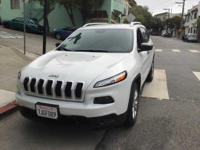 Jeep Cherokee 2015 $15400.00 incacar.com