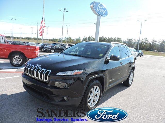 Jeep Cherokee 2015 $16500.00 incacar.com