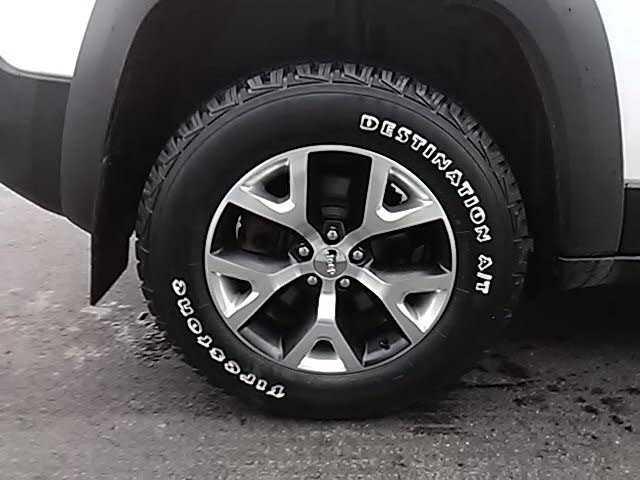 Jeep Cherokee 2015 $24500.00 incacar.com