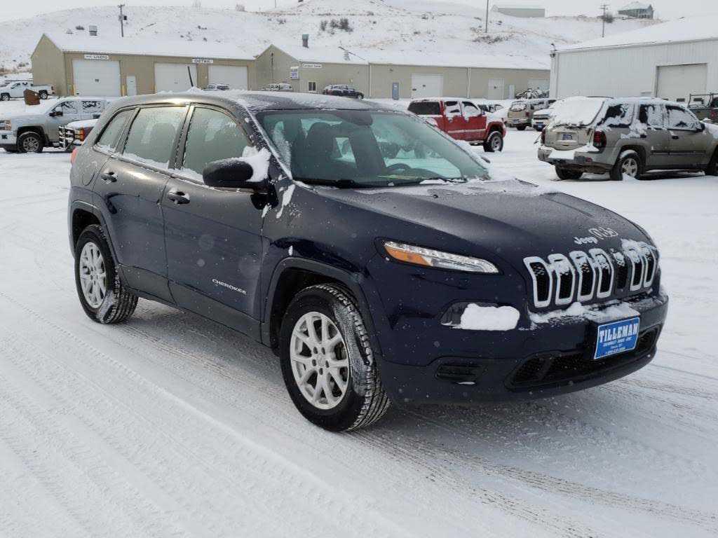 Jeep Cherokee 2015 $8995.00 incacar.com