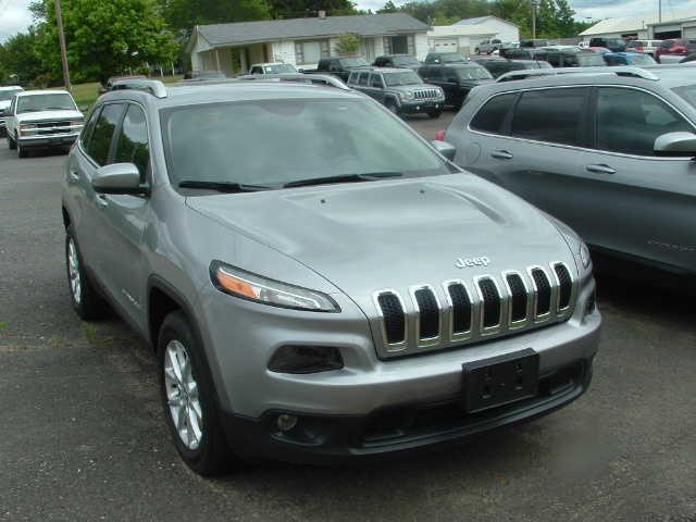 Jeep Cherokee 2015 $20500.00 incacar.com
