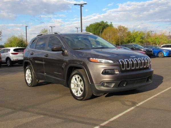 Jeep Cherokee 2016 $18500.00 incacar.com