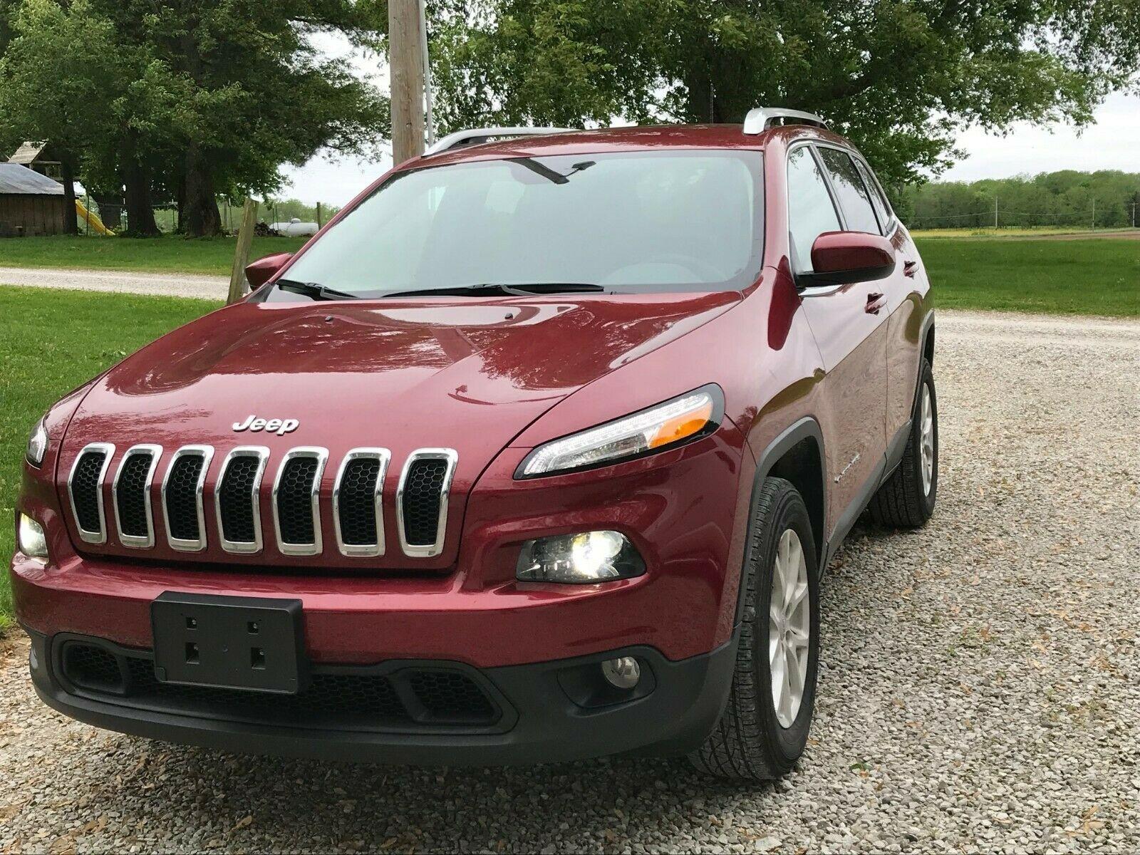 Jeep Cherokee 2017 $18995.00 incacar.com