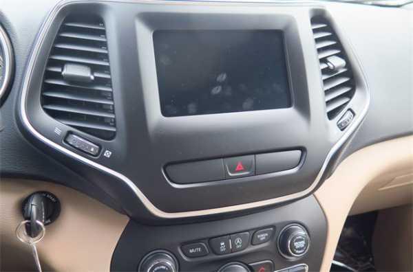 Jeep Cherokee 2019 $23700.00 incacar.com
