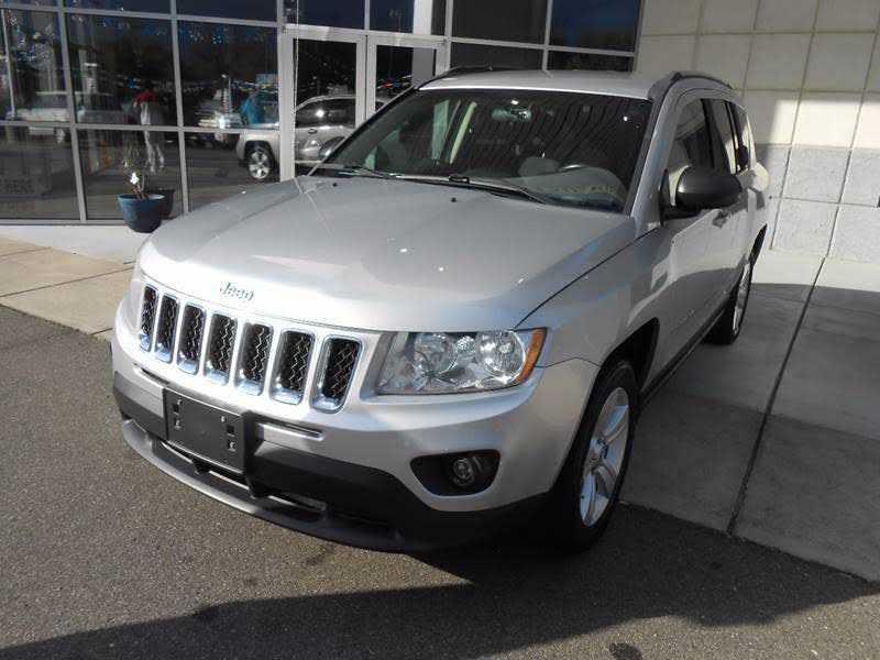 Jeep Compass 2011 $8995.00 incacar.com