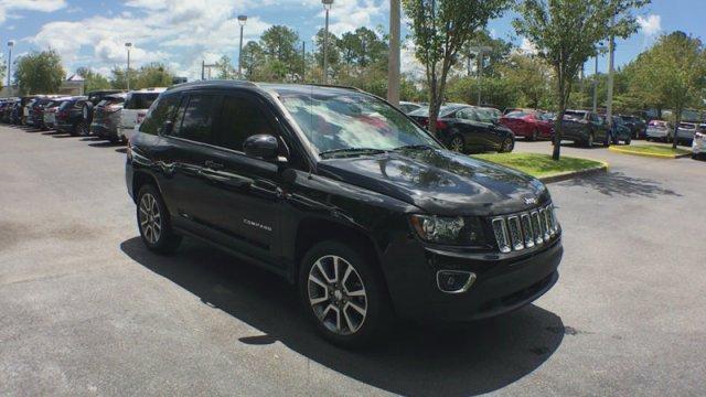 Jeep Compass 2015 $17990.00 incacar.com
