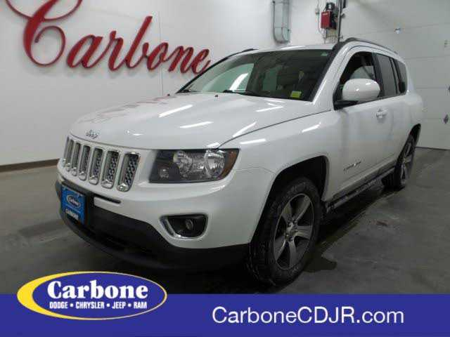 used Jeep Compass 2016 vin: 1C4NJDEB0GD545980