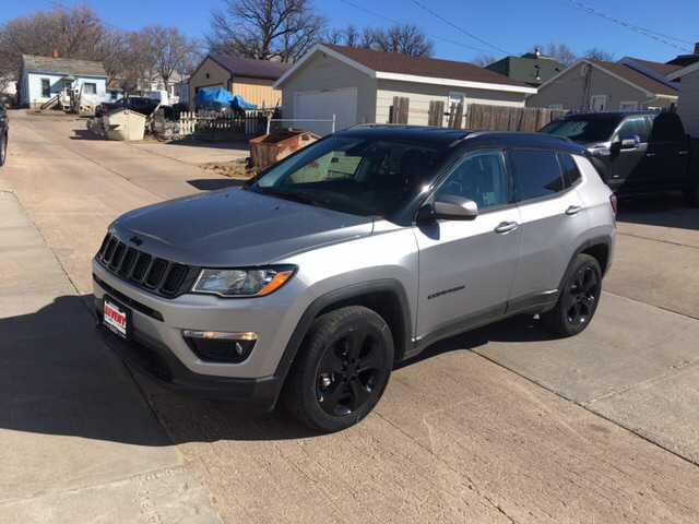 Jeep Compass 2018 $24395.00 incacar.com