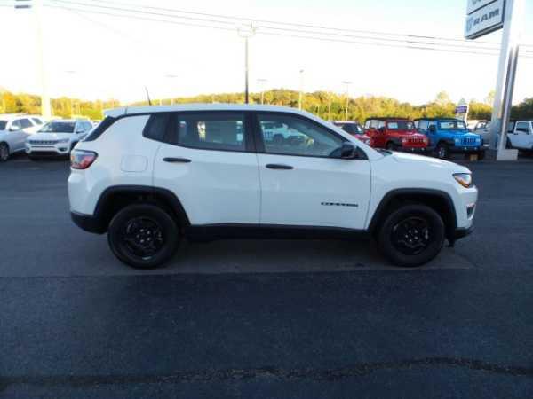 Jeep Compass 2018 $20990.00 incacar.com