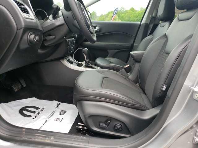 Jeep Compass 2019 $30585.00 incacar.com