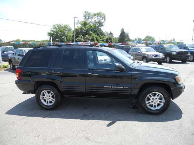 Jeep Grand Cherokee 2004 $400.00 incacar.com