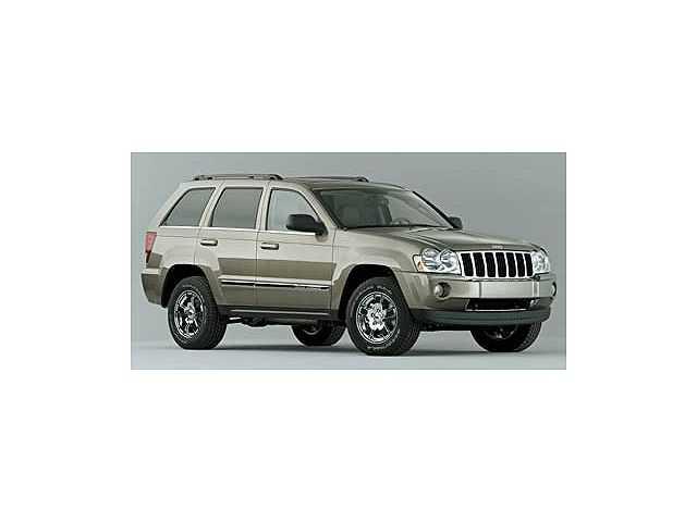 Jeep Grand Cherokee 2005 $6988.00 incacar.com