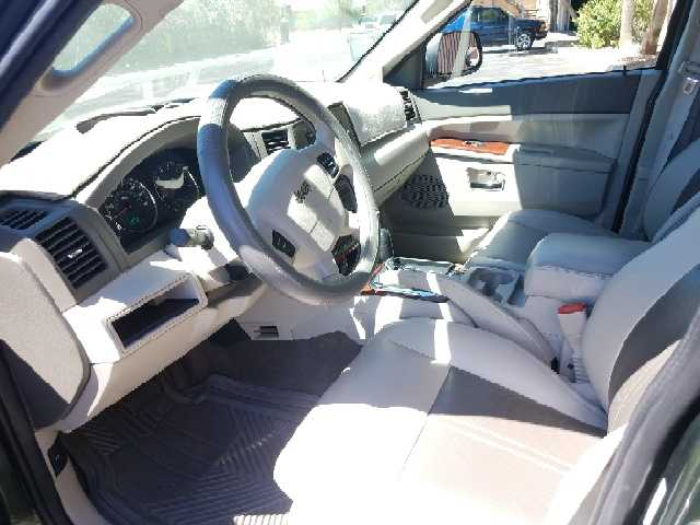 Jeep Grand Cherokee 2007 $8995.00 incacar.com